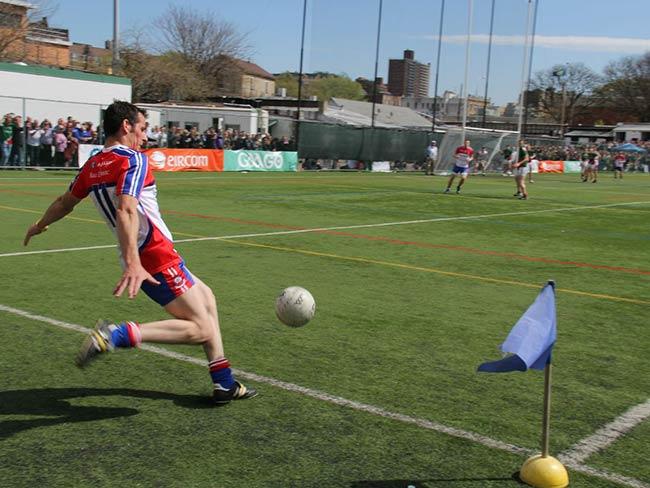 gaelic-sideline-kick